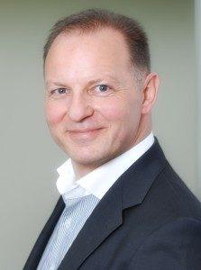 Rainer Ott Schlüsselfeld Pflegeimmobilien Pflegeappartements Vorstand Ott Investment AG Geschäftsführer Rewos GmbH